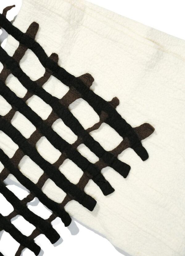 Escorial hullet tørklæde brun